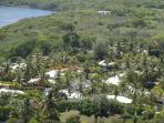 Noyée dans la nature, la residence Iguana Bay bénéficie d'un gardien et d'un jardinier à l'année.