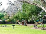 Santa Susans Park 5 minutes away