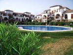 Outstanding secure apartment, close to beach, bars and shops.