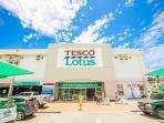 10 minutes within walking distance to Tesco Lotus Supermarket shopping center
