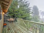 You'll be astonished at the terrific forest views form this Lake Arrowhead vacation rental cabin!