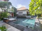 Lotus Villa 6 bedrooms & pool, max 18 persons.