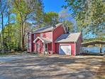 You'll love the inviting feel of this lakefront Mansfield vacation rental home!
