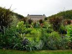 The Jardin des plantes, next corner!