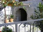 Enclosed garden, entrance
