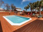 """Snowdrift Unit A"" Semi-private pool, private deeded beach access, Pet Friendly!!"