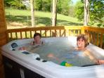 28 jet 2 person Private Hot Tub overlooking Horse Pastures!