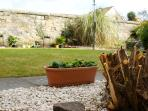 Private Victorian walled garden, perfect for relaxing after shopping, golfing or sightseeing