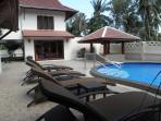 6 Sun Beds and Massage Sala