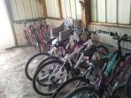 Bikes (suitable for teens/adults) are available free of charge. Only minutes to the canal towpath.