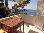 Studio apartment with a sea view terrace , ideal for those who want peace and tranquility.