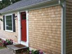 Cliff Cottage By The Pond  This completely renovated 3 bedroom / 1 bathroom getaway is perfect for