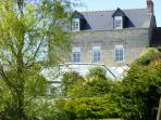 La Pierre Blanche Country Property with WiFi and heated covered pool 27°C