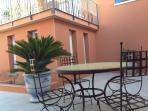 Patio Salon de Jardin The patio - terrace
