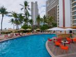 Oceanfront Condo on Great Beach, Pool, WiFi (932)