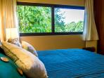 second bedroom, also with a King size bed and jungle view