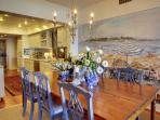 Spacious Dining Area, Room for Everyone