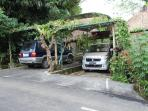 Pleanty of parking area and traditional kitchen for your use