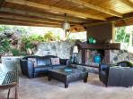 Outdoor living-room with ocean view