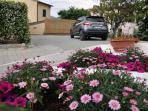 Parcheggio privato- 2 posti auto