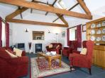 Cardigan Heritage Coast holiday home with open plan living - lounge area