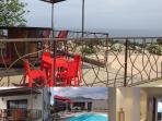 Villa T6 avec la piscine commune