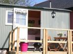 The Hideaway Shepherd Hut, new to Duffryn Mawr