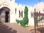 Fachada de El Alcazar. Alojamiento independiente con 5 dormitorios