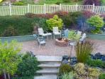 Nice together time in the expansive yard & patios