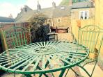 Lovely raised patio and built in BBQ.  All equipment provided!