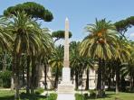 Villa Torlonia, L'obelisco