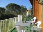 La terrasse de 10 m2, soleil du matin jusqu'à 16H