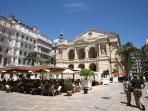 Toulon: de jour. Place de l'Opéra.
