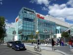 Europe's largest shopping centre, Westfield, 25 mins by foot or 5-10 mins by road