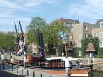 View on bridge and Wolwevershaven