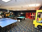 Arcade Room / Salón de videojuegos - ComprandoViajes