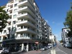 l'immeuble le long de la rue de la Gare