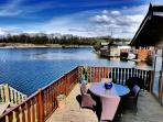 5* LUXURY WATERS EDGE LODGE
