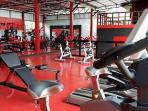 The gym is newly opened and located just 5 minutes from the villa .