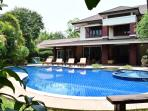 8 Bedroom Luxury Villa with Private Swimming Pool