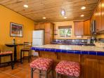 Romance for two. Exquisite cozy Casita with all the amenities for Romance. Clean and superb.