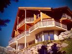 ALPHAVEN Apartment B  (on the Lower Floor with direct access to a Delightful Garden
