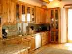 Remodeled upgraded gourmet kitchen
