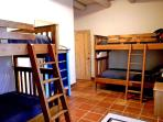 Bunk beds for 4 happy children and / or teens