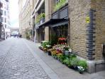 Flower Shop, Shad Thames