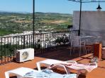 Bains de soleil sur terrasse