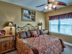Beautiful Master Suite - King bed