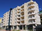 Nomelia Residence Indirizzio:Ruga Aleksander Moisiu,Uji i Ftohte Vlore/Albania