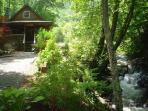 Cabin On Babbling Creek with Hot Tub, WiFi, and Foosball Table!