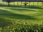 Zona de enseñanza de la practica del Gof, del campo de Gof de Islantilla de 27 hoyos